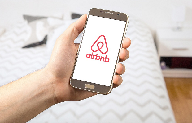 Airbnb to go public in 2020 after WeWork IPO collapses