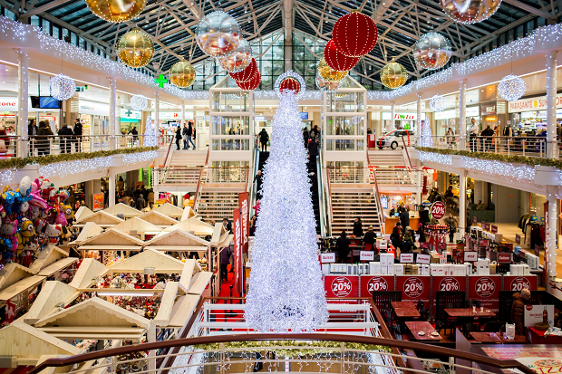 Festive frenzy: Top 5 busiest UK shopping days