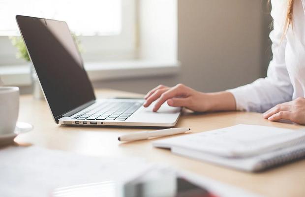 Coronavirus: Employer-employee disconnect on home working response